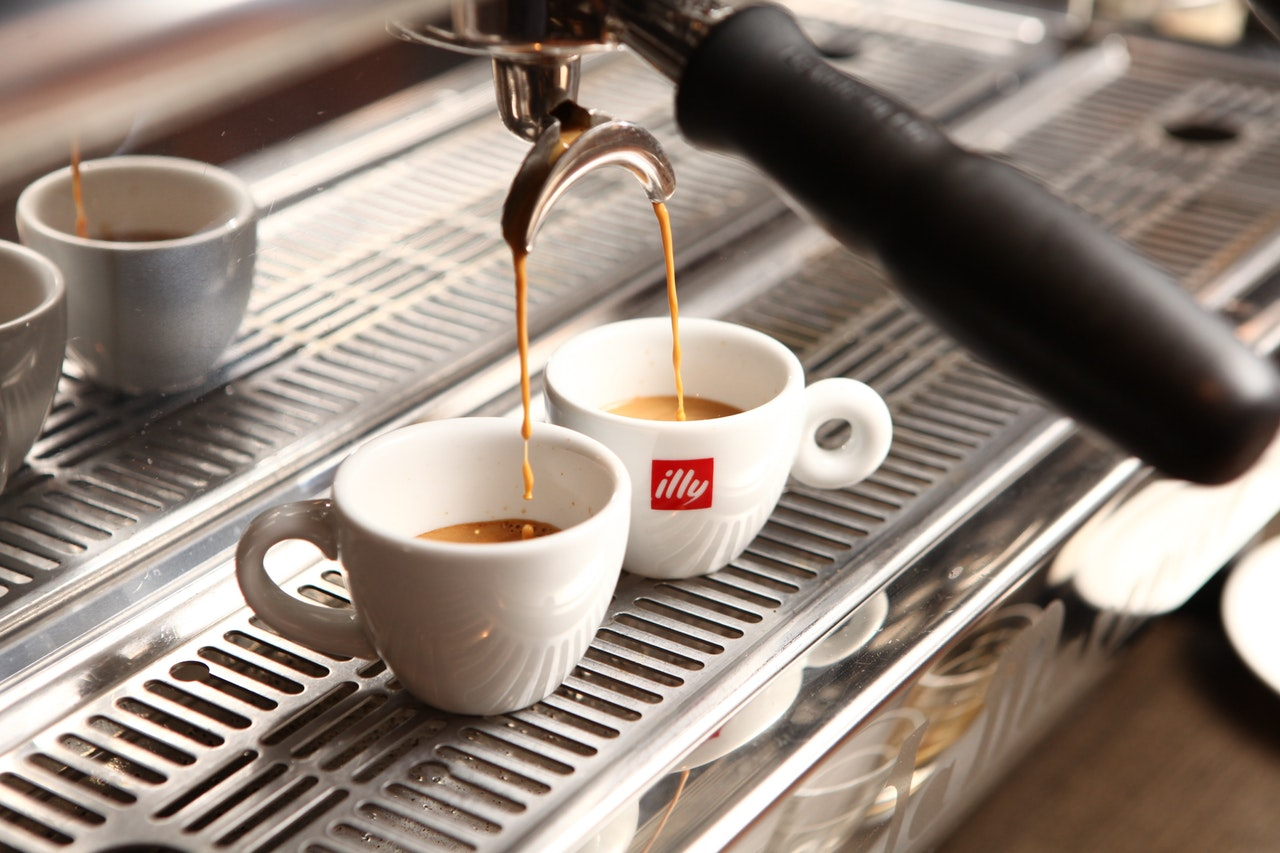 maquinas automaticas x estrutura de coffee breake